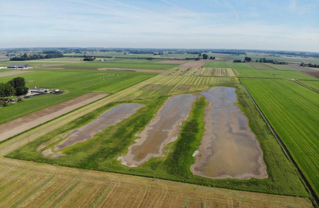 Vrijwilligers meten het effect van agrarisch natuurbeheer